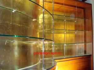 Радиусные полки из закалённого стекла 8мм.