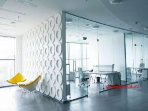 цельностеклянные офисные перегородки из закаленного стекла